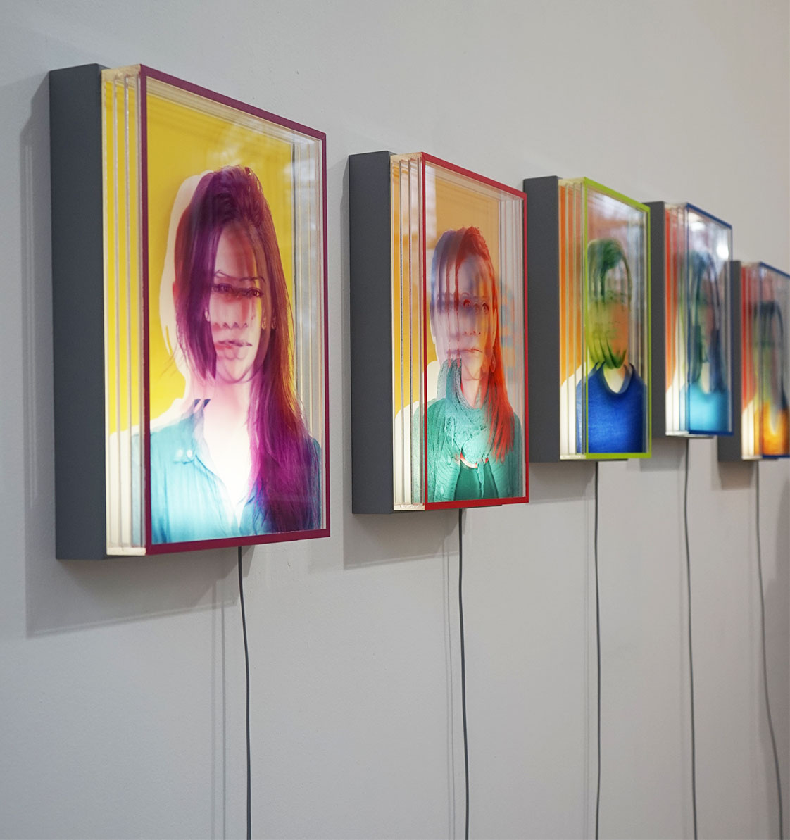 Ausstellungsansicht _ IM AZUR in Kiel, Anscharpark 2017